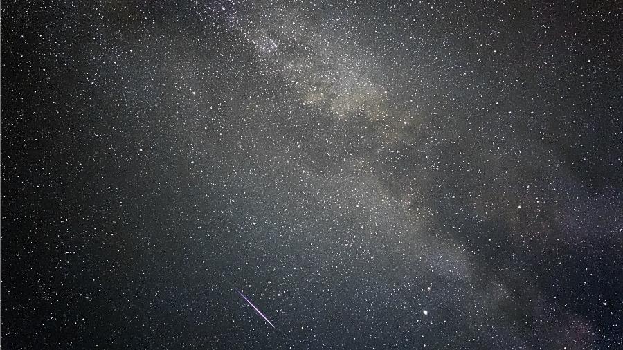 Imagem da Via Láctea feita com iPhone - Tom Kerss