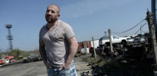 Dinko Valev ficou famoso da noite para o dia por perseguir imigrantes por conta própria na Bulgária