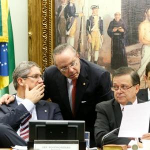 6.abr.2016 - O deputado federal Paulo Maluf (PP-SP)  - Pedro Ladeira/Folhapress