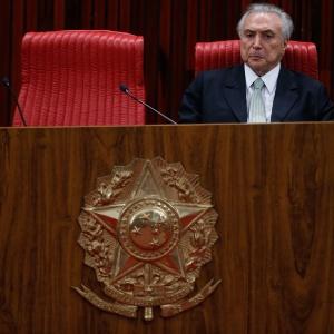 O presidente Michel Temer (PMDB) participa de cerimônia de posse do novo presidente do TSE, Gilmar Mendes