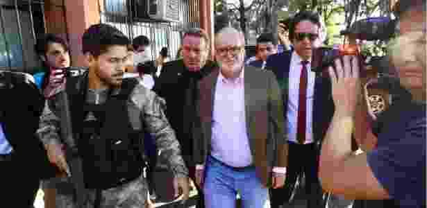 Azeredo chega ao IML de Belo Horizonte para passar por exame de corpo de delito - Mauricio Vieira/Hoje em Dia/Estadão Conteúdo