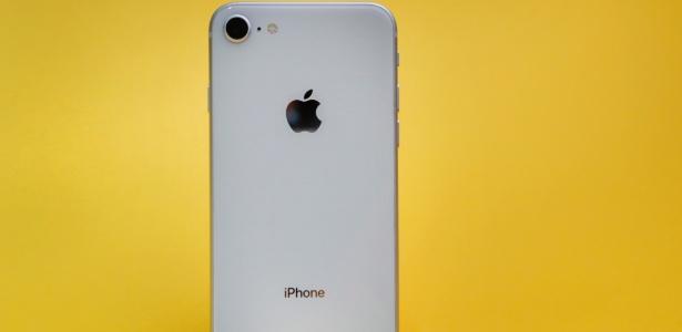 Defeito de fabricação no iPhone 8 causa recall - Lucas Lima/UOL