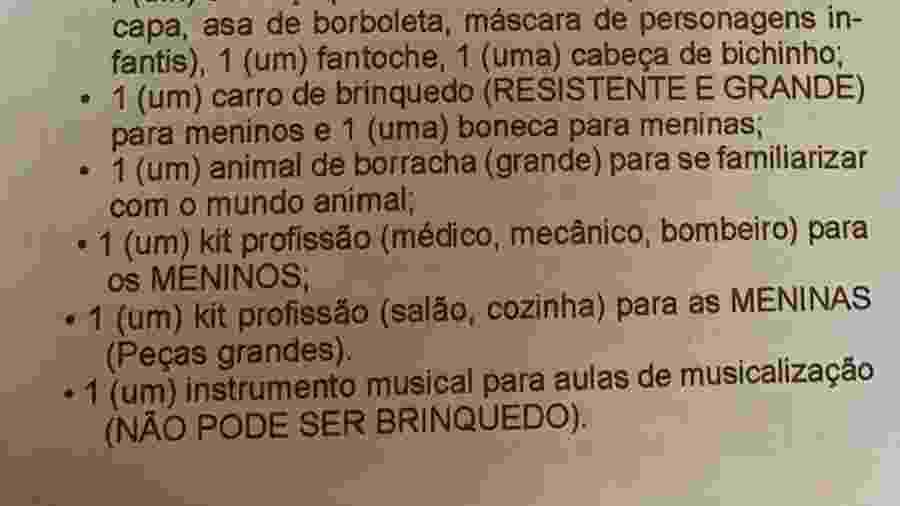 Kit profissão de escola no Piauí pede coisas de médicos para meninos e itens de salão para meninas; pedido consta em lista de material escolar - Reprodução/Facebook