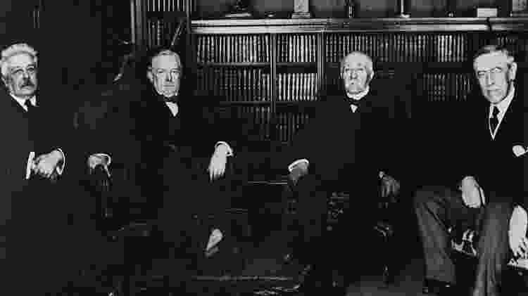 Mackinder queria alertar os líderes do mundo de que deveriam ter cuidado com a redistribuição das fronteiras após a Primeira Guerra Mundial. Da esquerda para a direita: Vittorio Orlando (Itália), Lloyd George (Grã Bretanha), Georges Clemenceau (França) e Woodwrow Wilson (EUA) - Getty Images/BBC