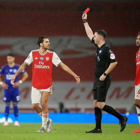 Premier League - Arsenal v Leicester City - XXSTRINGERXX xxxxx