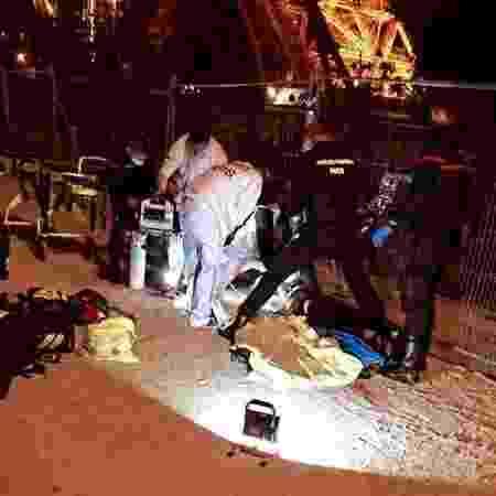 Duas mulheres foram esfaqueadas no último domingo (18) debaixo da Torre Eiffel - Divulgação/Facebook