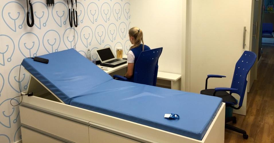 Sala de exames da clínica Dr. Agora, que atua no segmento de exames e consultas médicas e odontológicas a preços populares