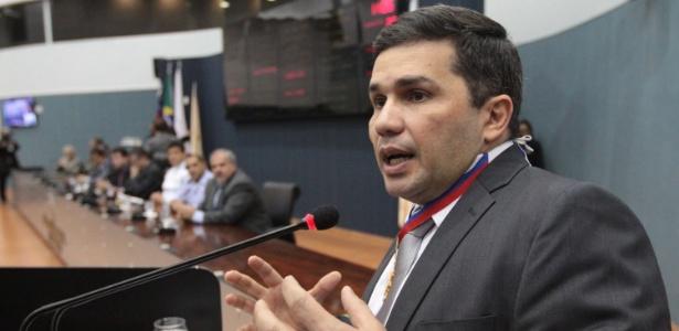 Após rebelião em Manaus, secretário de Segurança do AM, Sérgio Fontes, diz que tentou evitar uma tragédia semelhante ao massacre do Carandiru, em 1992 - Tiago Corrêa/Câmara Municipal de Manaus