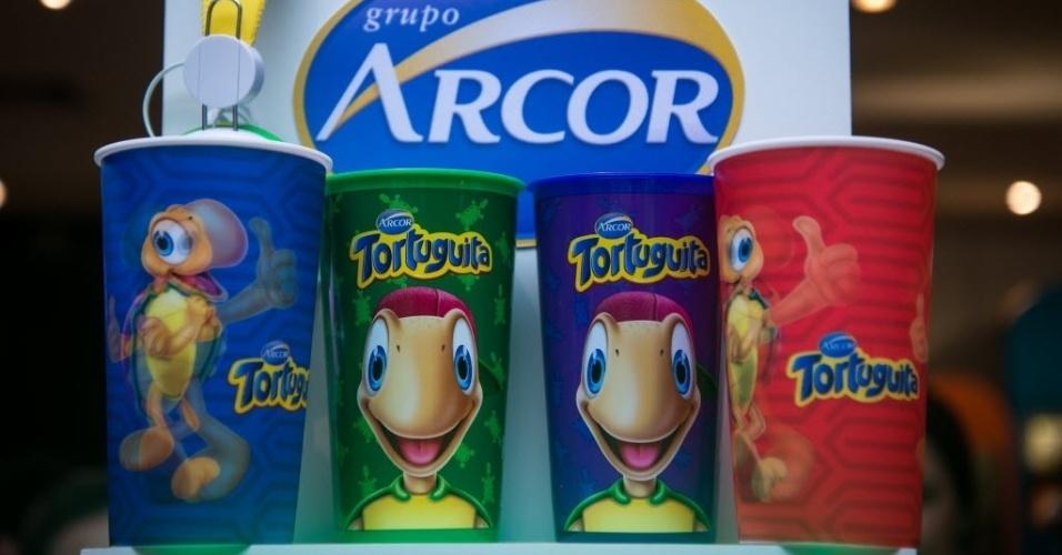 A Arcor tem opções de chocolates a partir de R$ 6 (ovo de 45g) e traz a Tortuguita como tema