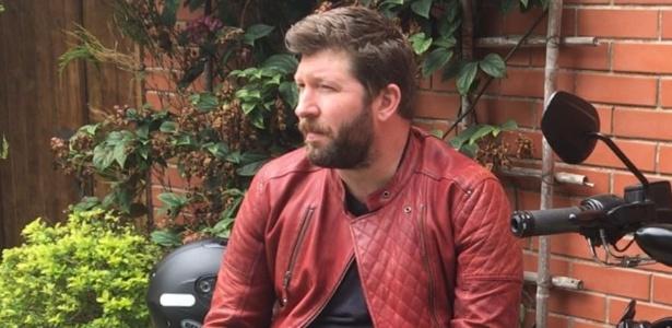 Rubens Kuhn luta na Justiça para responsabilizar empresa por morte de sua mulher após choque em poste no Rio