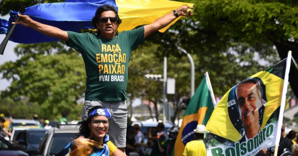 Eleitor manifesta seu apoio a Jair Bolsonaro em Brasília