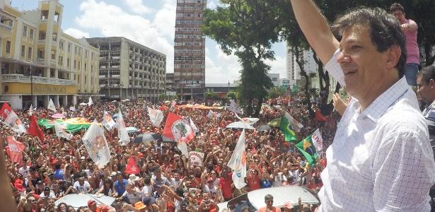 Haddad participa de carreata pelas ruas de João Pessoa