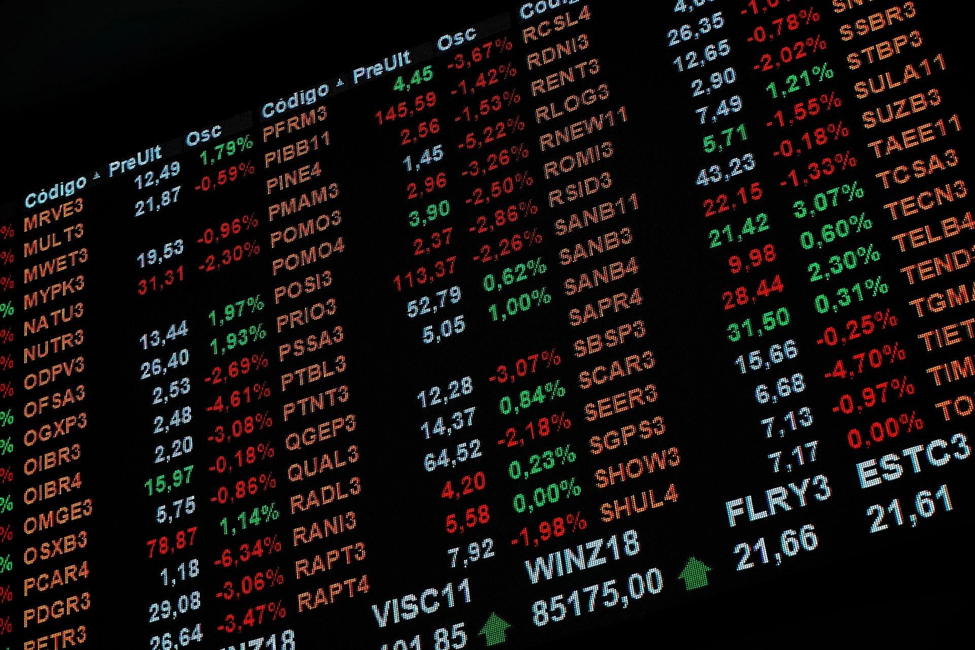 80c02d3c5 Após recorde, vale investir na Bolsa? Veja o que esperar e ações indicadas  - 07/12/2018 - UOL Economia