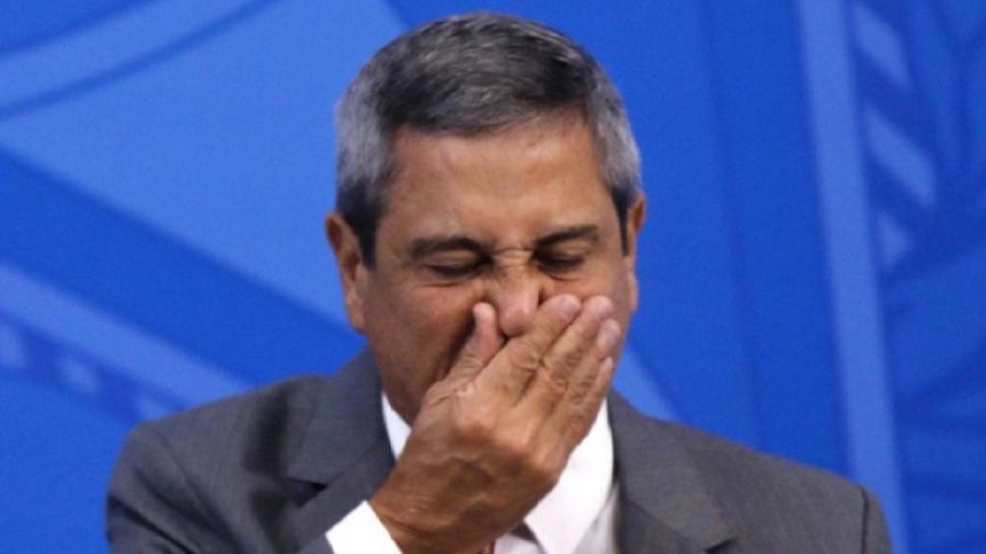General Braga Neto: caso Jair Bolsonaro não mude de ideia, ele comandará os esforços de recuperação da economia depois da crise do cornavírus. Será o chefe do PAC bolsanariano - Foto: Sérgio Lima/Brasil 360