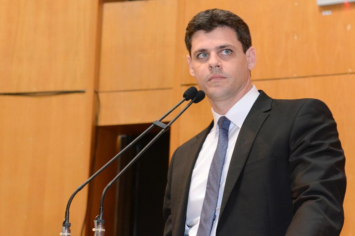 Paulo Guedes indica Bruno Funchal para o Tesouro Nacional, após Mansueto anunciar saída.