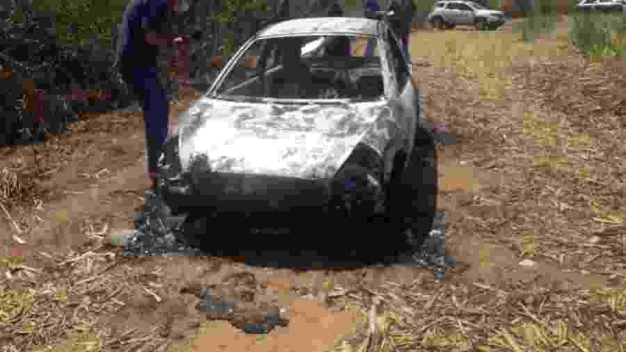 Vítimas foram encontradas carbonizadas dentro de um carro, na zona rural de Coroados (SP) - Polícia Civil/Divulgação