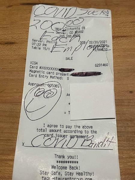 """Homem identificado como """"Bandido Covid"""" deixou bonificação a funcionários de uma churrascaria nos EUA - Reprodução/Facebook/Troy Guard"""
