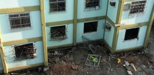 Explosão atingiu conjunto habitacional na zona norte do Rio de Janeiro