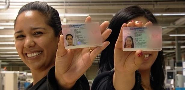"""Para obter o """"blue card"""" na Alemanha, é necessário ter uma oferta de emprego ou trabalho com um salário bruto mínimo"""