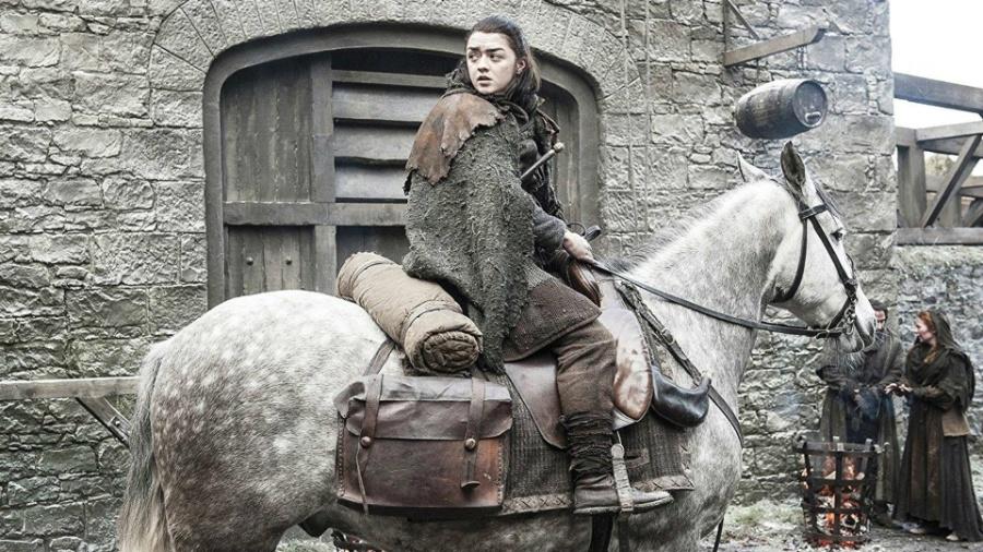 """Maisie Williams como a jovem Arya Stark em """"Game of Thrones"""" - Divulgação"""