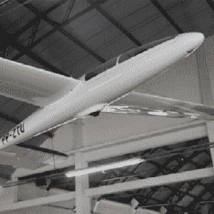 Avião modelo EMB-400 Urupema, da Embraer - Divulgação/Embraer