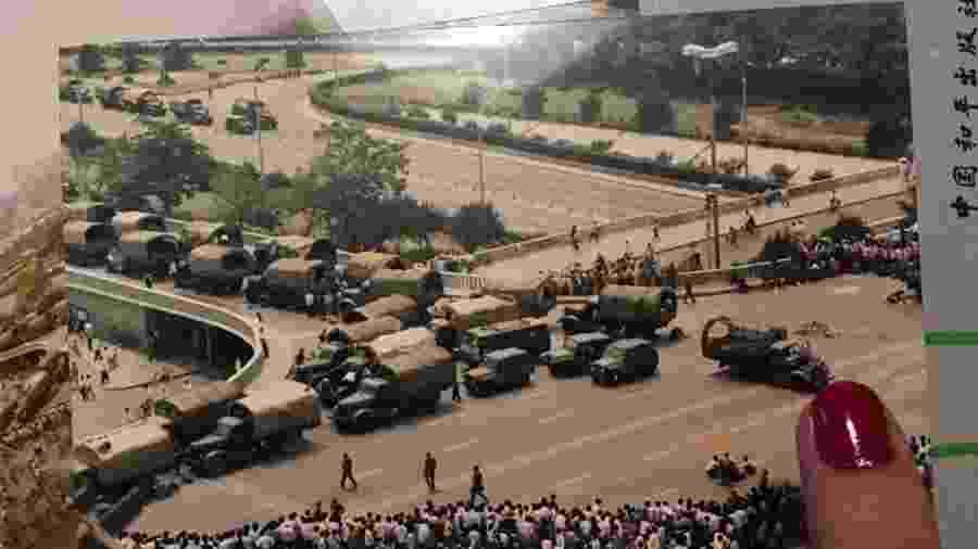 Foto publicada por Adriana Abdenur no Twitter sobre o massacre da Praça da Paz Celestial - Reprodução/Twitter