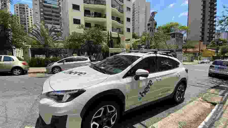 Carro da Here Technologies faz ruas passarem do mundo real para virtual - Gabriel Francisco Ribeiro/UOL