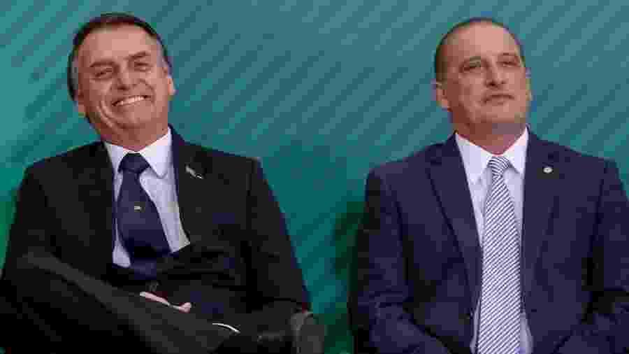 Jair Bolsonaro com Onyx Lorenzoni em janeiro de 2019; ministro já vinha perdendo poderes há meses - Alan Santos/PR
