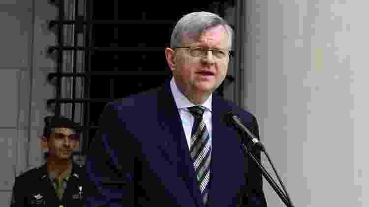 """O embaixador do Brasil em Washington, nos Estados Unidos, Nestor Forster, comemorou a doação de remédio ineficaz: """"Habemus hidroxicloroquinam!"""" - Embaixada do Brasil nos EUA/Divulgação - Embaixada do Brasil nos EUA/Divulgação"""