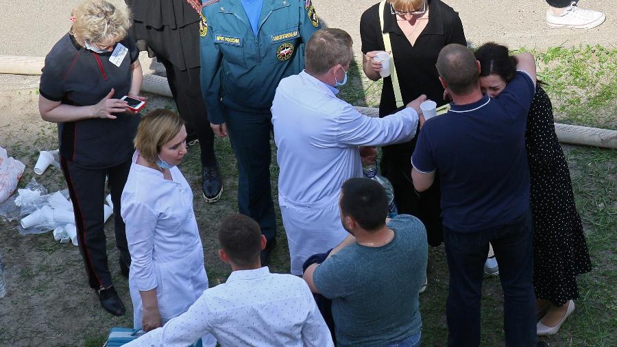 Luto e debate sobre porte de armas na Rússia após massacre em escola - REUTERS/Artem Dergunov