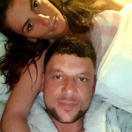 A stripper Gemma, de 29 anos, e o namorado, Nicholas, de 36, foram condenados por roubo pela justiça inglesa - Reprodução/Redes Sociais