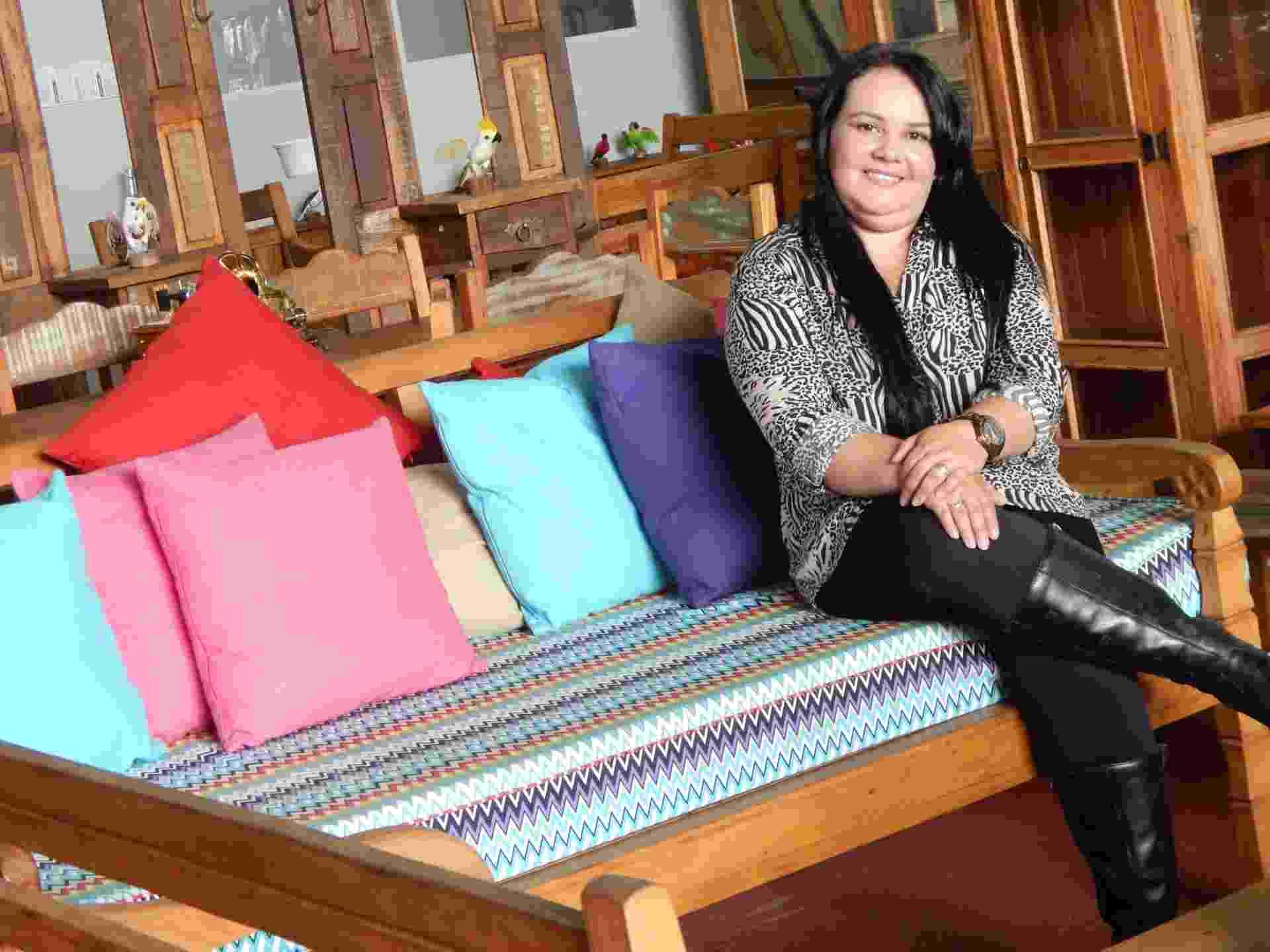 Eliane Nóbrega, 37, trabalhou como diarista antes de fundar a Nobre Demolidora - Divulgação