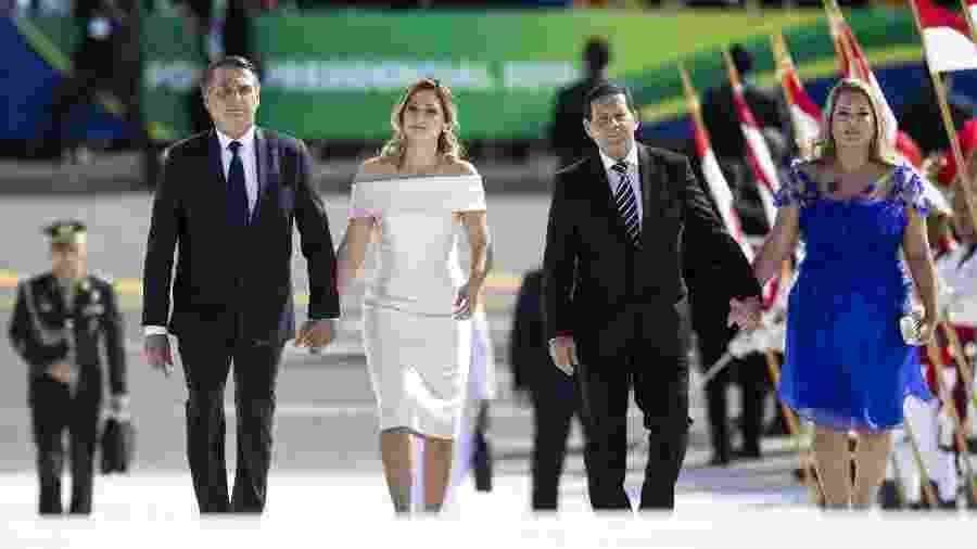 Michelle Bolsonaro usou um vestido cor de rosa para a posse do marido, Jair Bolsonaro - Xinhua/Li Ming