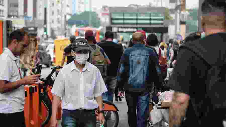 Pessoa usando máscara de proteção devido o Coronavírus em São Paulo (SP) - Guilherme Gandolfi/Futura Press/Estadão Conteúdo