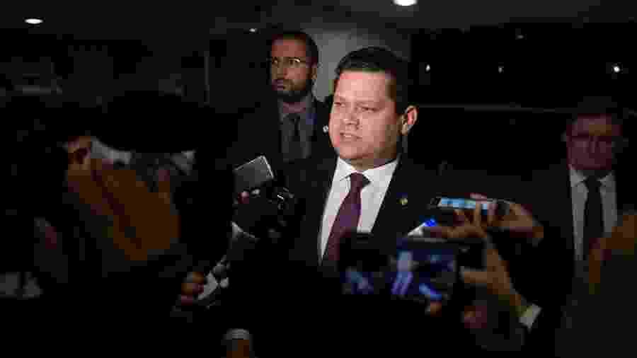16.jul.2019 - O presidente do Senado, Davi Alcolumbre (DEM-AP), concede entrevista a jornalistas - Marcos Brandão/Senado Federal