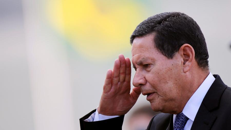 Hamilton Mourão disse que os salários dos servidores públicos estão em descompasso com o setor privado -