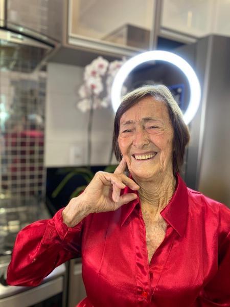 Dona Dinah, 90, ensina a fazer doces e salgados no Instagram do neto dela - Arquivo pessoal - Arquivo pessoal