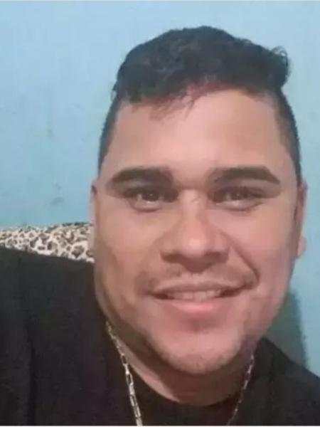 Homem de 36 anos, identificado como Geraldo Ramos Villa, foi morto na noite de ontem com mais de 60 tiros de fuzil na frente da esposa e do cunhado em Campo Grande (MS) - Arquivo pessoal