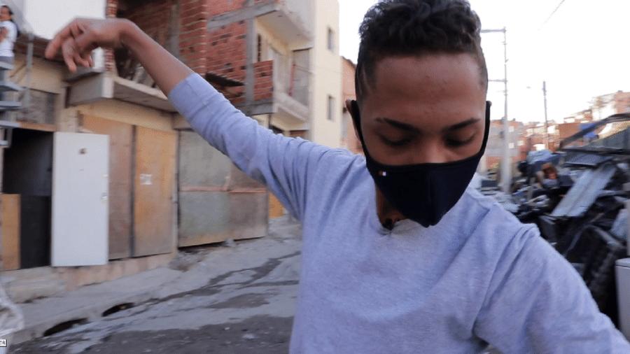 """""""Por conta da pandemia, procurar emprego está sendo quase impossível"""", diz Pedro Henrique da Silva Souza, 17 anos - CAIO CASTOR/BBC"""