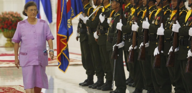 A princesa da Tailândia, Maha Chakri Sirindhorn, em visita ao Camboja