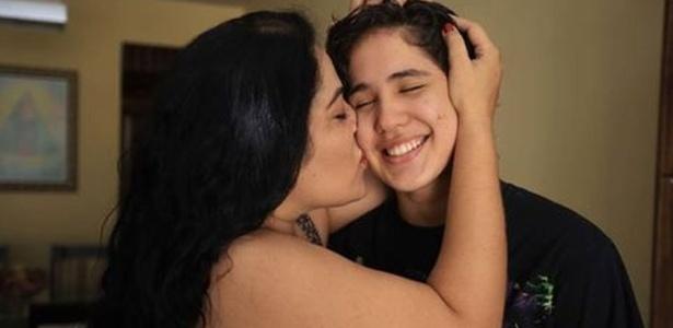 Norma Coeli publicou post emocionado no Facebook sobre como enfrentou próprio preconceito para aceitar José Bernardo
