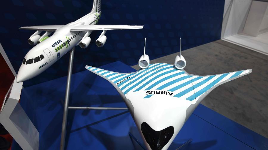 Modelos de aviões Airbus e exibição no Singapura Air Show 2020 - Roslan Rahman/AFP