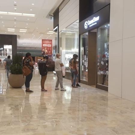 Shopping centers tiveram aumento de 126% no fluxo de clientes em comparação com o mês anterior - Marcelo Oliveira/UOL