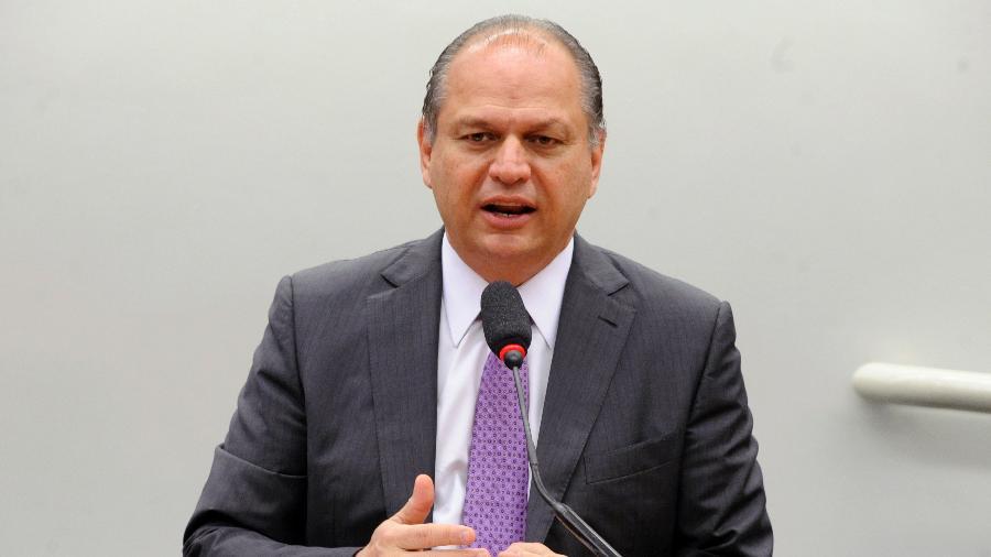 """O deputado Ricardo Barros (PP-PR), líder do governo na Câmara, até tenta elogiar Pazuello. Tudo para fugir da """"encrenca"""" que seria gerir o ministério - Gustavo Sales/Câmara dos Deputados"""