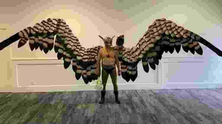 Andy Holt é o recordista das maiores asas mecânicas em um traje de cosplay - Reprodução/Guinness World Records - Reprodução/Guinness World Records