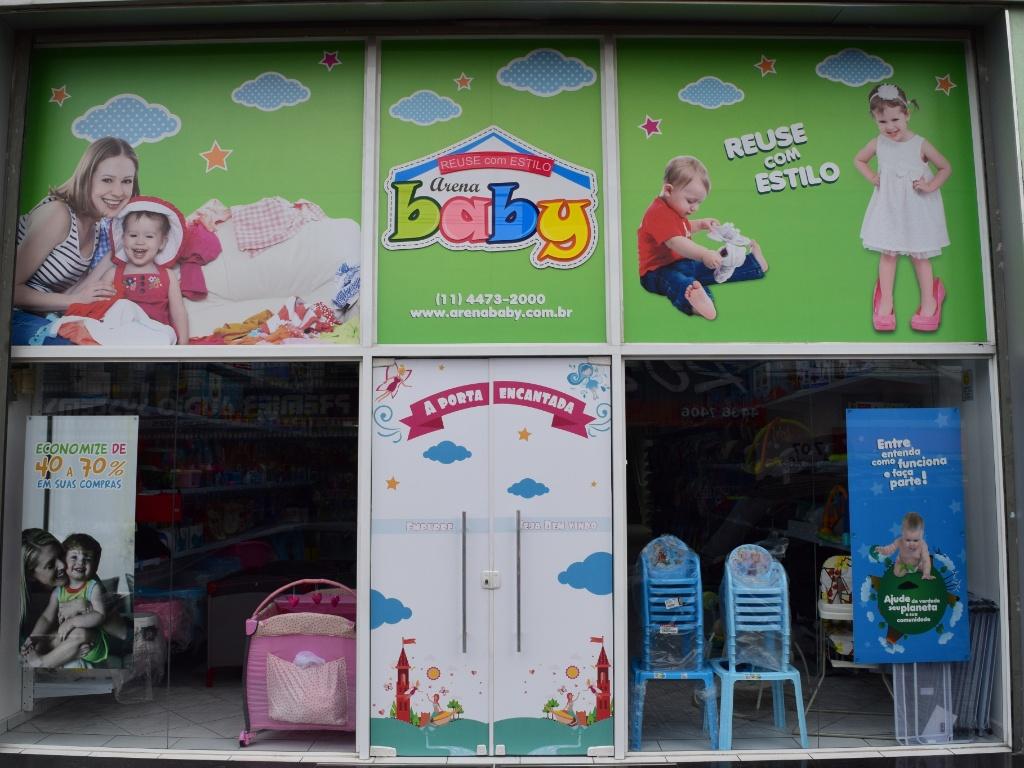 Fachada de uma das lojas da rede Arena Baby, que virou franquia em junho de 2017
