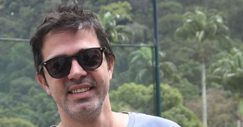 Bruno Mazzeo vota no Gávea Golf Club, em São Conrado, zona sul do Rio de Janeiro