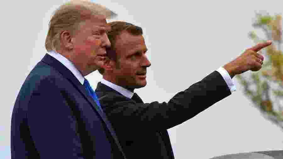 24.ago.2019 - O presidente francês, Emmanuel Macron, recebe o presidente dos EUA, Donald Trump, em Biarritz (França) - Nicholas Kamm / AFP