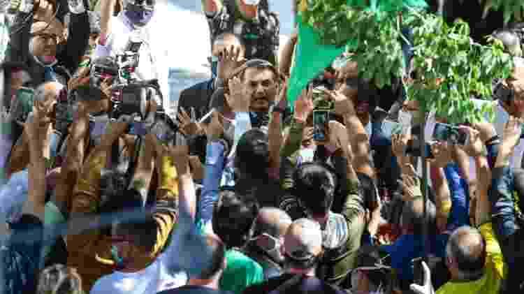 Bolsonaro em Porto Alegre - FERNANDO ALVES/THENEWS2/ESTADÃO CONTEÚDO - FERNANDO ALVES/THENEWS2/ESTADÃO CONTEÚDO