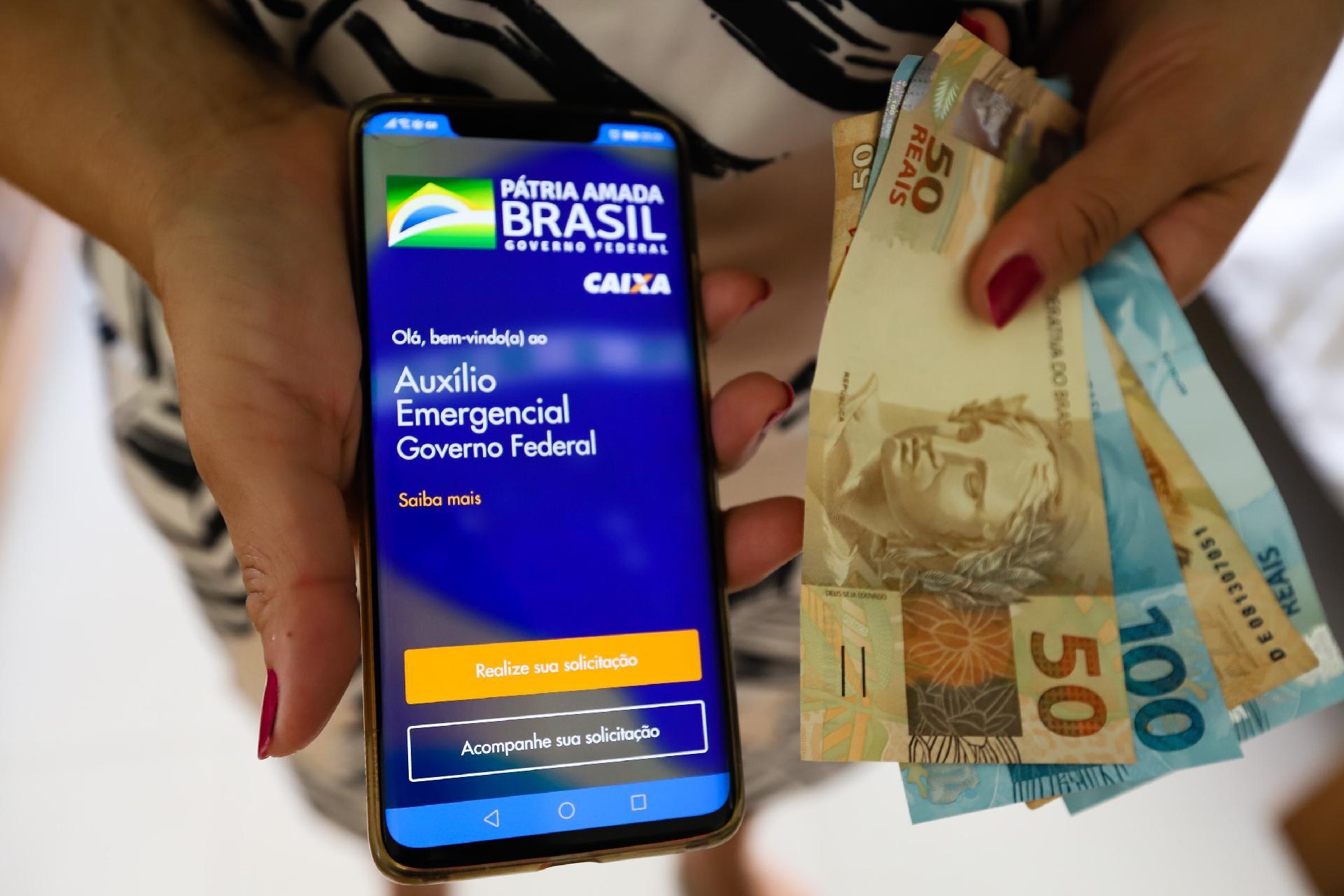 Auxílio emergencial: Fim do benefício pode corroer capital ...